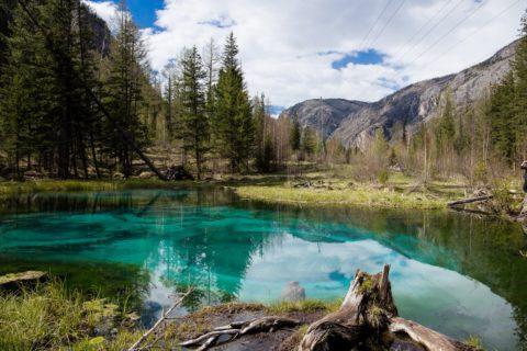 10 мест в Сибири, куда непременно стоит отправиться весной