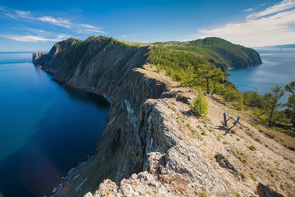 Активный тур вдоль Байкала: остров Ольхон, бухта Песчаная и КБЖД