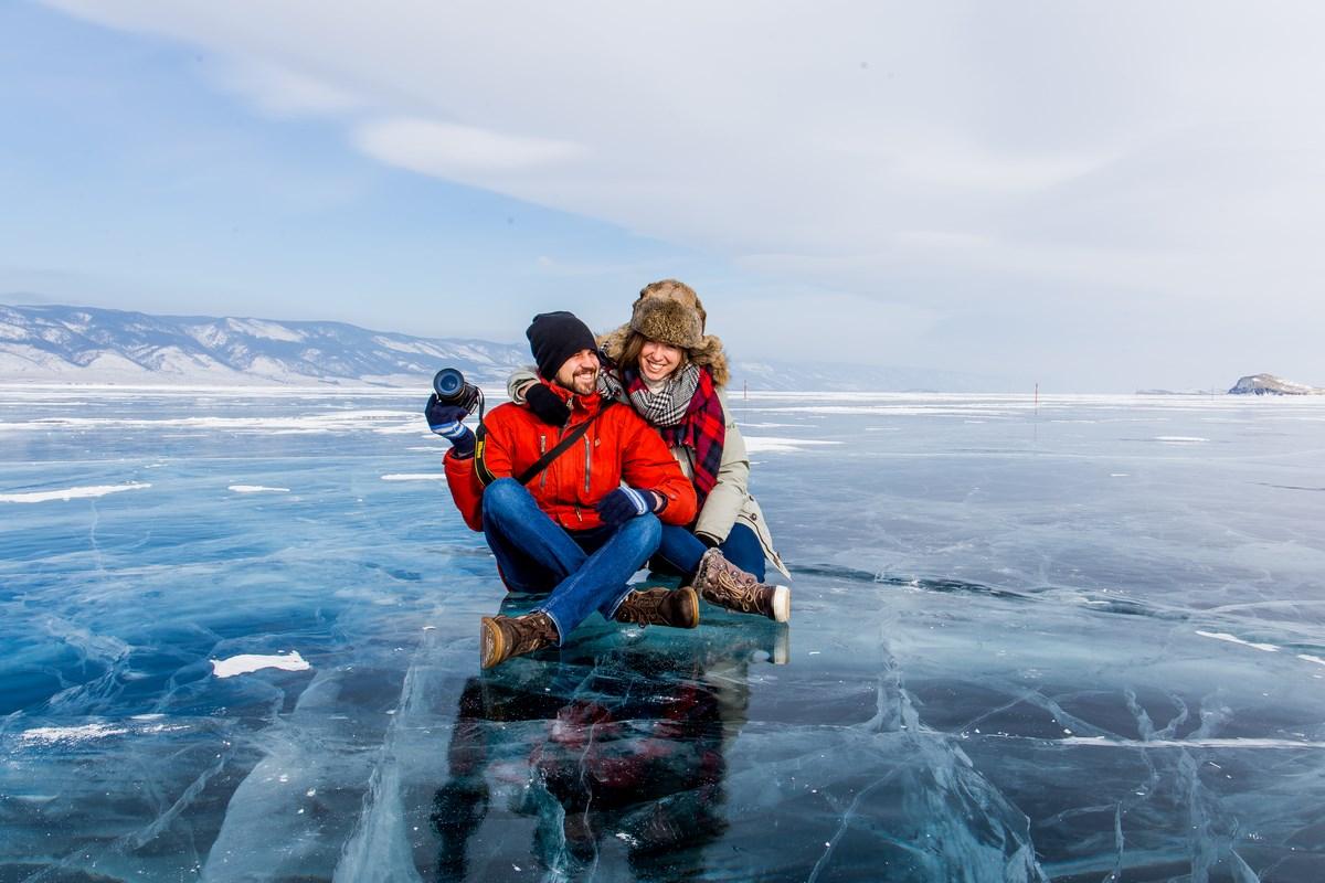 Байкальский лёд: тур на остров Ольхон и в бухту Песчаная 2019